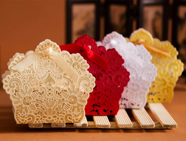 Lots Of Lace Hollow Out Cake Candy Gift